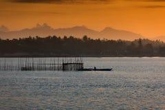Puesta del sol - Donsol Filipinas Imágenes de archivo libres de regalías