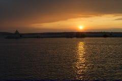 Puesta del sol en acceso Fotos de archivo libres de regalías