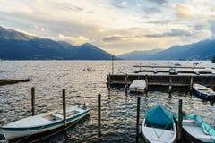 Puesta del sol en Ascona, Suiza imágenes de archivo libres de regalías