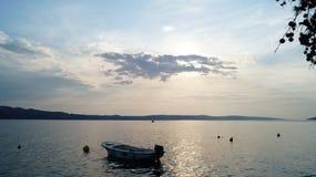 Puesta del sol en azul Imagenes de archivo