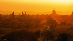Puesta del sol en Bagan almacen de metraje de vídeo