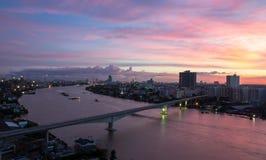 Puesta del sol en Bangkok Imagenes de archivo