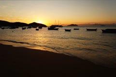 Puesta del sol en Buzios Fotos de archivo libres de regalías