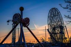 Puesta del sol en Coney Island Foto de archivo libre de regalías