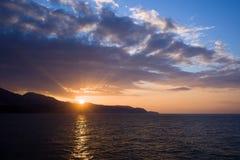 Puesta del sol en Costa del Sol en España Fotografía de archivo