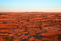 Puesta del sol en desierto Fotos de archivo