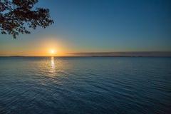 Puesta del sol en dominante largo fotos de archivo libres de regalías