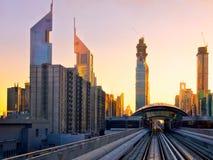 Puesta del sol en Dubai, UAE Imagen de archivo