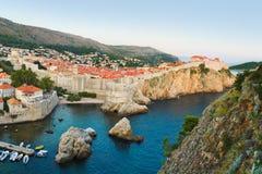 Puesta del sol en Dubrovnik, Croatia Foto de archivo libre de regalías