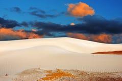 Puesta del sol en dunas de una arena, Socotra fotos de archivo libres de regalías