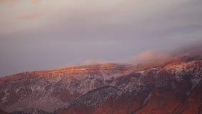 Puesta del sol en el alto canto de las montañas de Sandia fotos de archivo libres de regalías