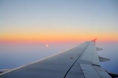 Puesta del sol en el avión fotos de archivo libres de regalías
