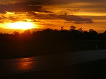 Puesta del sol en el Backland eslovaco Foto de archivo