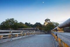 Puesta del sol en el castillo de Osaka en Kyoto, Japón Imagen de archivo libre de regalías