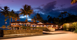 Puesta del sol en el centro turístico de Sheraton en Fiji Fotografía de archivo