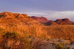Puesta del sol en el desierto de la montaña del parque nacional de la curva grande Foto de archivo libre de regalías