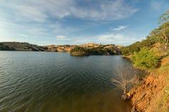 Puesta del sol en el lago del Valle Foto de archivo
