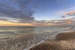 Puesta del sol en el lago Erie Imagen de archivo