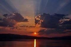 Puesta del sol en el lago Ohrid Fotografía de archivo libre de regalías