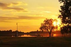 Puesta del sol en el lago Palic Imagenes de archivo