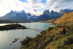 Puesta del sol en el lago Pehoe, Torres Del Paine, Patagonia, Chile Fotos de archivo