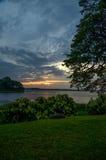 Puesta del sol en el lago Tissa, Tissamaharama, Sri Lanka Fotos de archivo