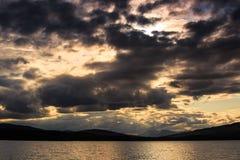 Puesta del sol en el lago Ulen imagen de archivo libre de regalías