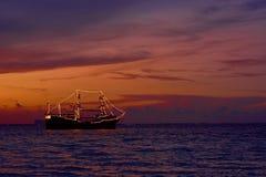 Puesta del sol en el mar del Caribe Foto de archivo