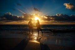 Puesta del sol en el mar del Caribe Imagen de archivo