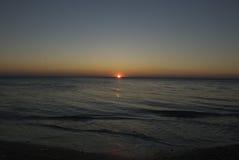 Puesta del sol en el Mar Negro Fotos de archivo