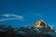Puesta del sol en el montaje Cervino, valle de Aosta Fotos de archivo libres de regalías