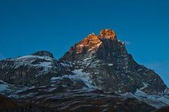 Puesta del sol en el montaje Cervino, valle de Aosta Fotografía de archivo libre de regalías