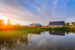 Puesta del sol en el muelle del mar Báltico Fotografía de archivo