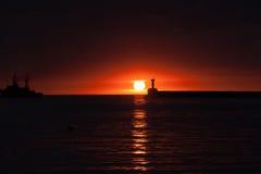 Puesta del sol en el océano Fotos de archivo libres de regalías
