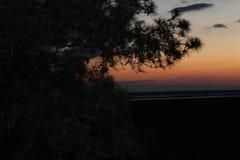 Puesta del sol en el océano imagen de archivo libre de regalías