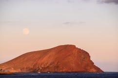 Puesta del sol en el Océano Atlántico Foto de archivo libre de regalías