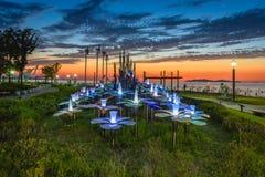 Puesta del sol en el parque con el cielo hermoso Imágenes de archivo libres de regalías