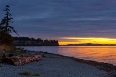 Puesta del sol en el parque de estado de la bahía del abedul los E.E.U.U. América Imagen de archivo libre de regalías