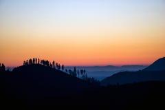 Puesta del sol en el parque nacional de Yosemite Foto de archivo libre de regalías