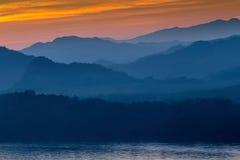 Puesta del sol en el prabang del luang, Laos Foto de archivo