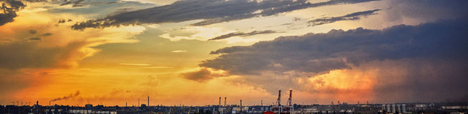 Puesta del sol en el puerto Imagenes de archivo