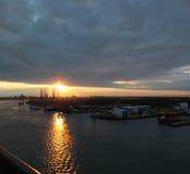 Puesta del sol en el puerto de Galveston Fotografía de archivo