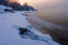 Puesta del sol en el río Fotografía de archivo