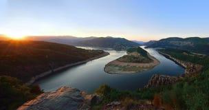 Puesta del sol en el río de Arda, Bulgaria Imagen de archivo