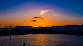 Puesta del sol en el río de Noosa imagen de archivo