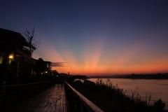 Puesta del sol en el río Mekong Fotografía de archivo