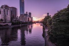 Puesta del sol en el río Melbourne de Yarra Fotografía de archivo libre de regalías