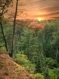 Puesta del sol en el rastro de dos ríos, parque del Algonquin, Canadá Foto de archivo