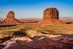 Puesta del sol en el valle del monumento Imágenes de archivo libres de regalías