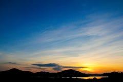 Puesta del sol en el viñedo Imagen de archivo libre de regalías
